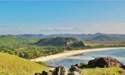 Bukit Merese Tanjung Aan Lombok Tengah Nusa Tenggara Barat